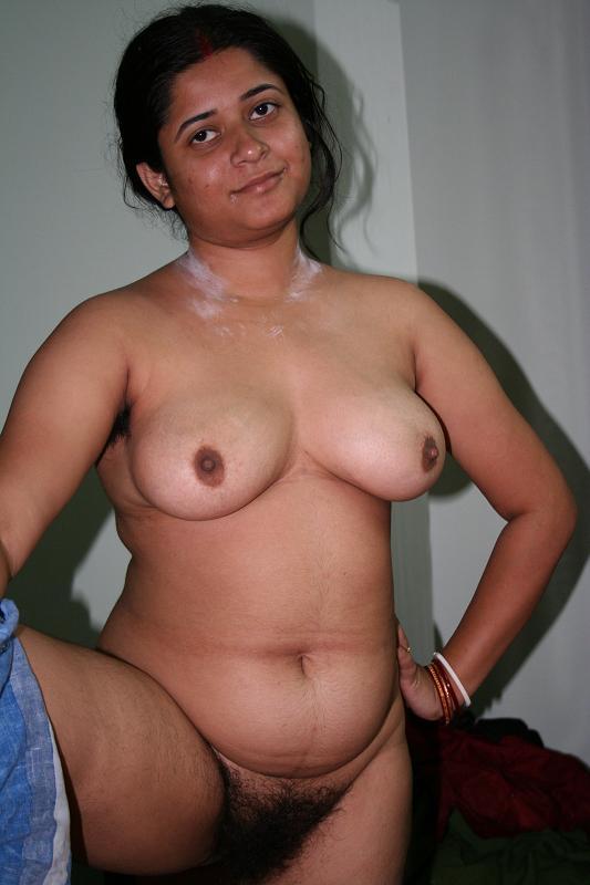 Sexy nude boobs big Telugu housewife aunty