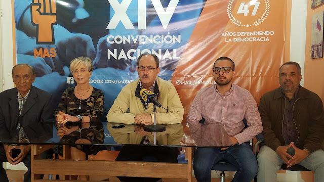 VENEZUELA: MAS llamó a que Nicolás Maduro y Delcy Rodríguez también pongan cargos a la orden