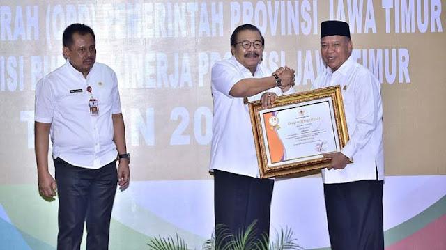 Gubernur Jatim Apresiasi Program Lesung Si Panji dan Kopi Jala Lamongan