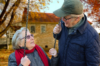 Alzheimer starsi ludzie