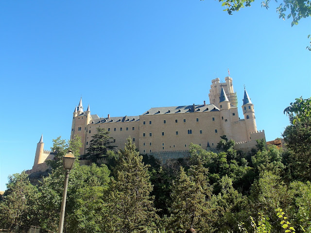 Törnrosa-slott i Segovia