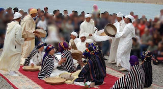 Festival amazigh, con música, baile, comida y lo que se tercie