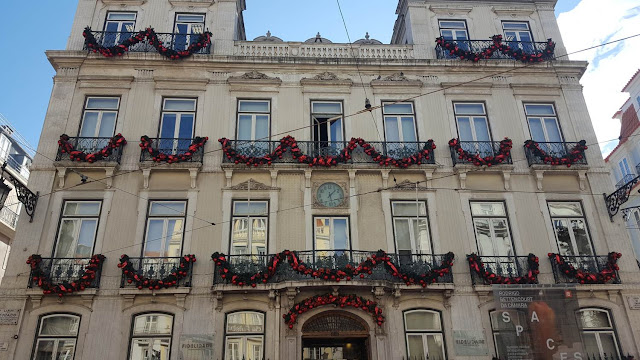 (Almost) Wordless Wednesday - You know Christmas is getting closer..., Lisbon, Christmas