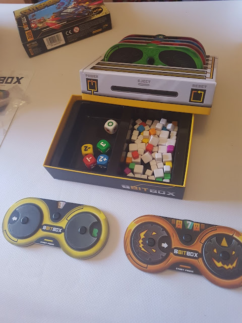 Review de 8Bitbox de Devir