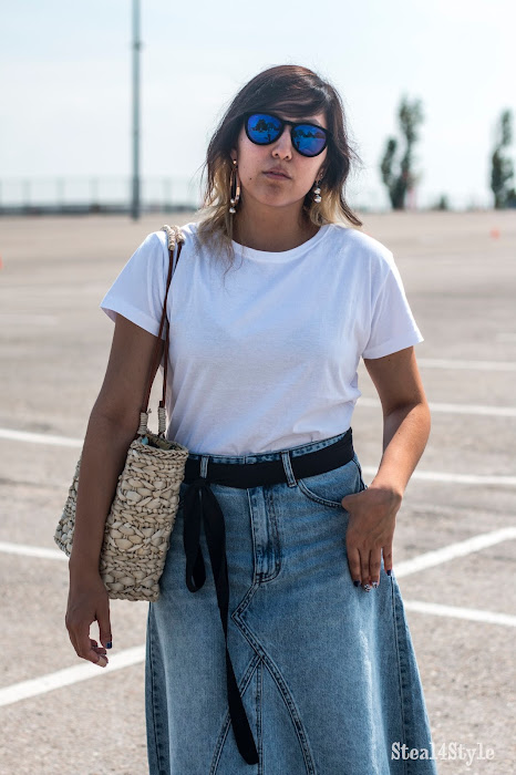 The WHITE TEE | LOOK MINIMALISTA