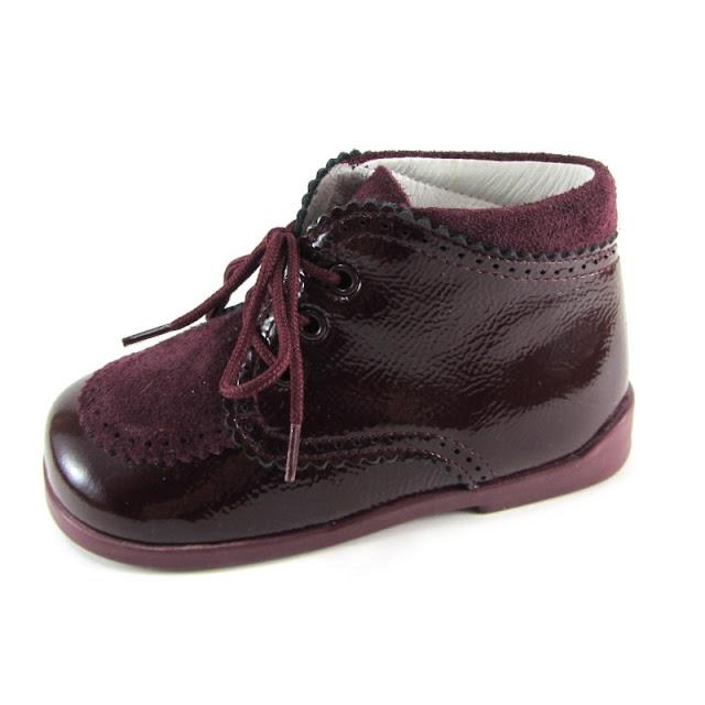 https://www.zapanines.es/clasico/1701-zapato-nino-clasico-inglesito-charol-y-serraje-burdeos-piulin.html