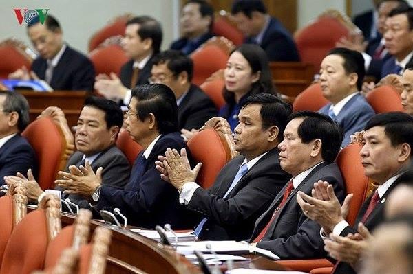 Các đại biểu dự Hội nghị Trung ương 8 khóa XII