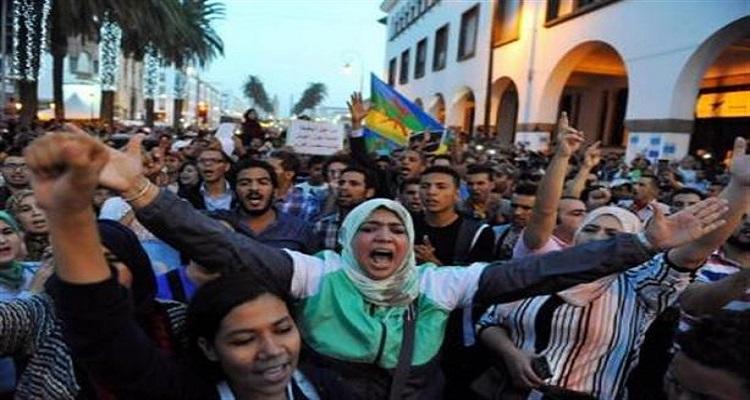 """مصادر حقوقية: اعتقال 3 مسؤولين مغاربة في قضية وفاة """"بائع السمك"""""""