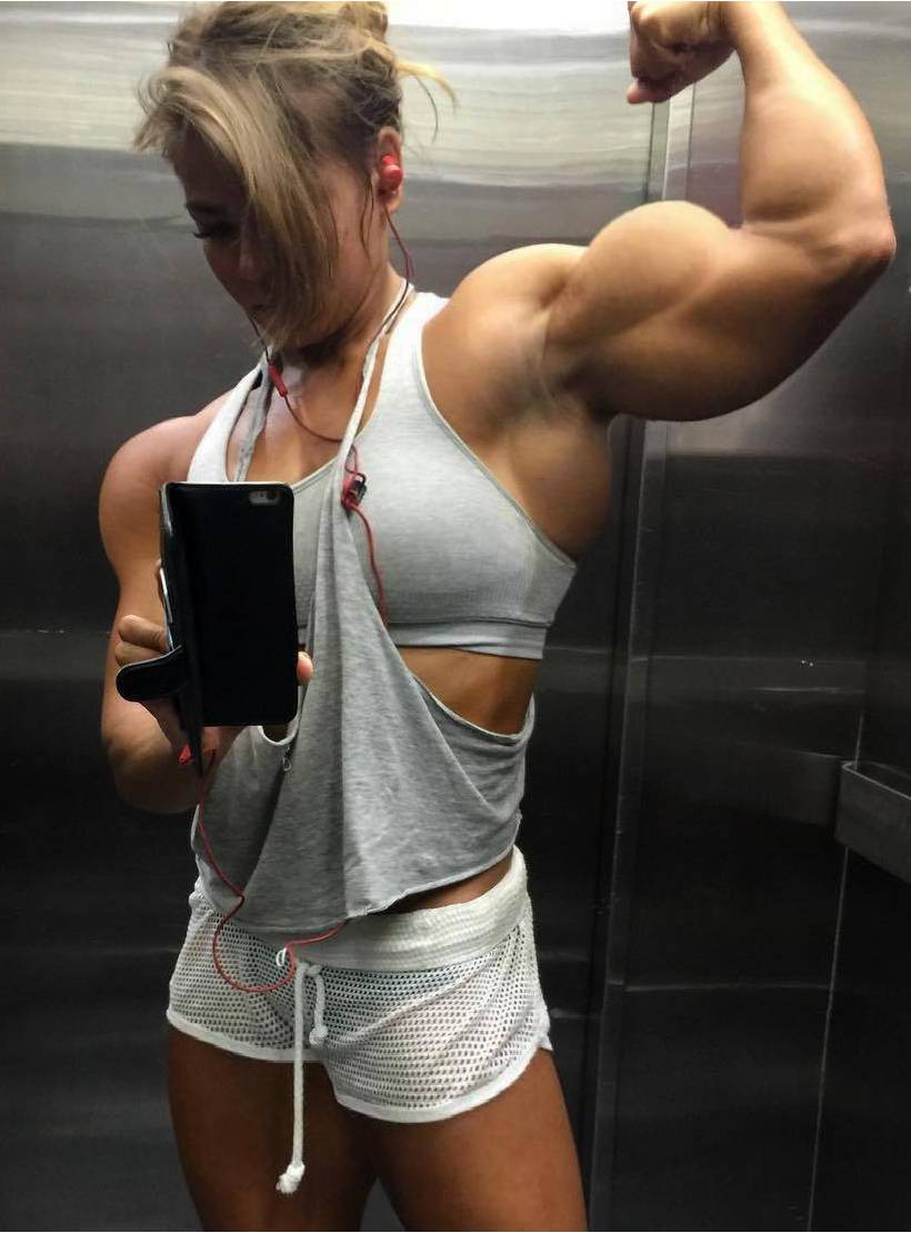 how to build muscle mass female