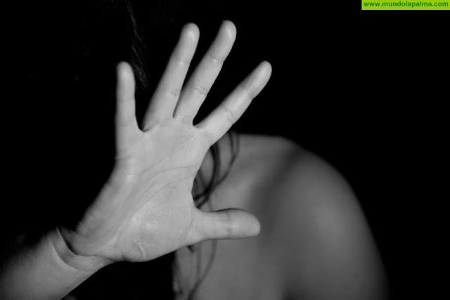 Cruz Roja trabaja con mujeres víctimas de violencia sexual en la isla de La Palma