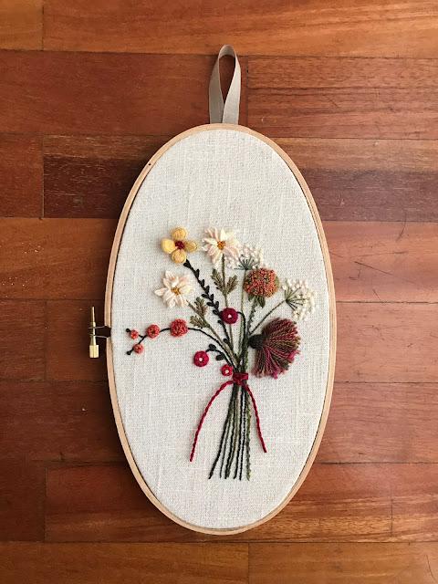 curso de flores bordadas en la tertulia del patch