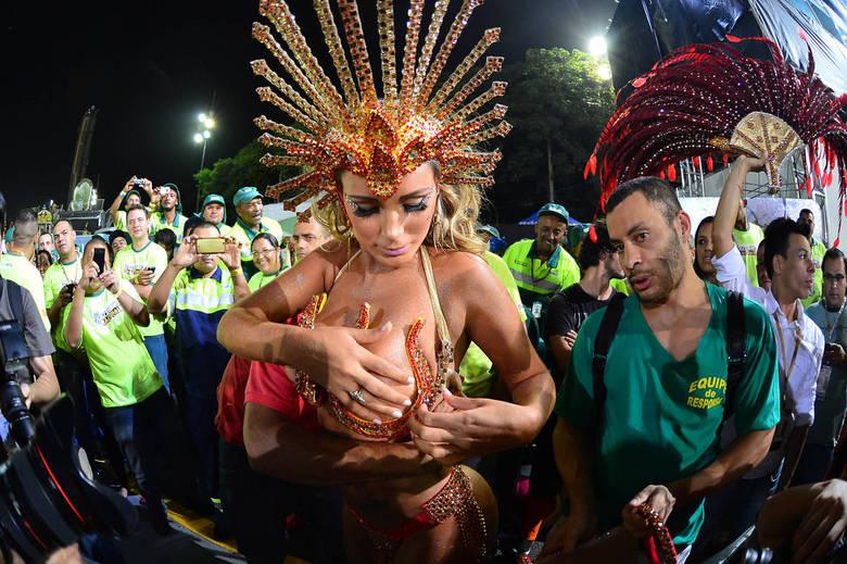 Эротический фестиваль бразилии, порно с молодыми русскими женами измена