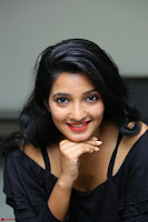 Deepthi Shetty looks super cute in off shoulder top and jeans ~  Exclusive 09.JPG