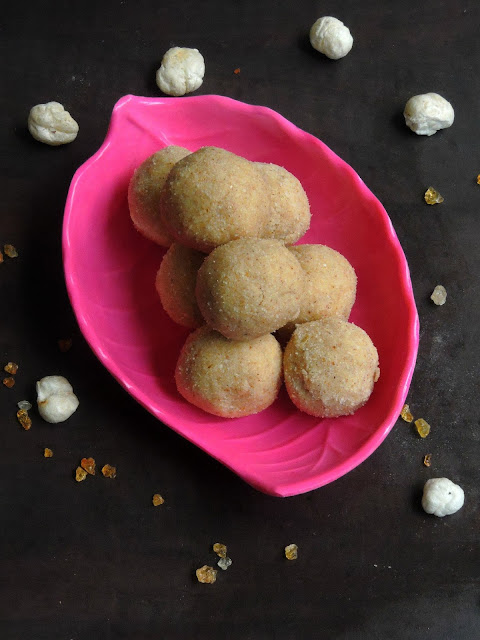 Puffed lotus seeds laddoos, Makhana laddoos