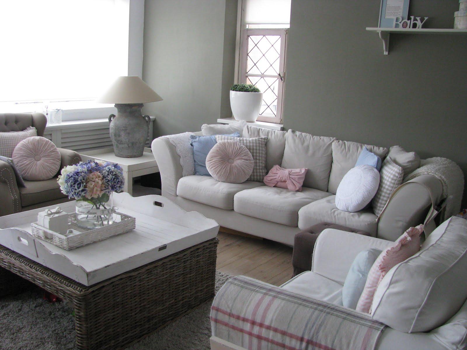 Grijze Woonkamer Ideeen : Woonkamer grijs met roze ideeën voor een moderne woonkamer inspiratie