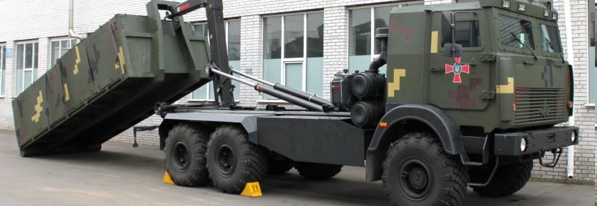 Міноборони України придбало 9 МАЗів із мультиліфтом