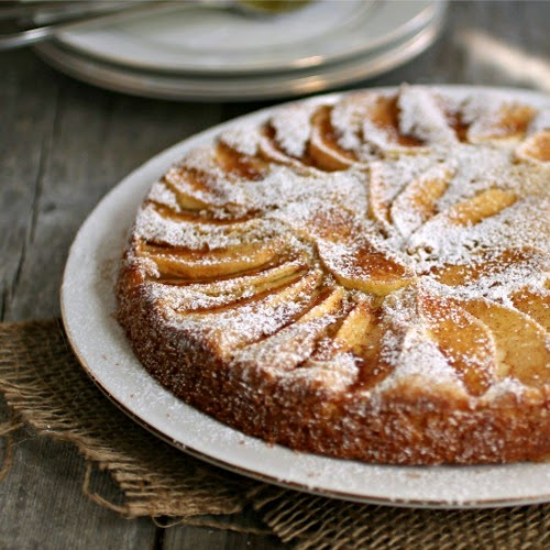 Simple Apple Cake
