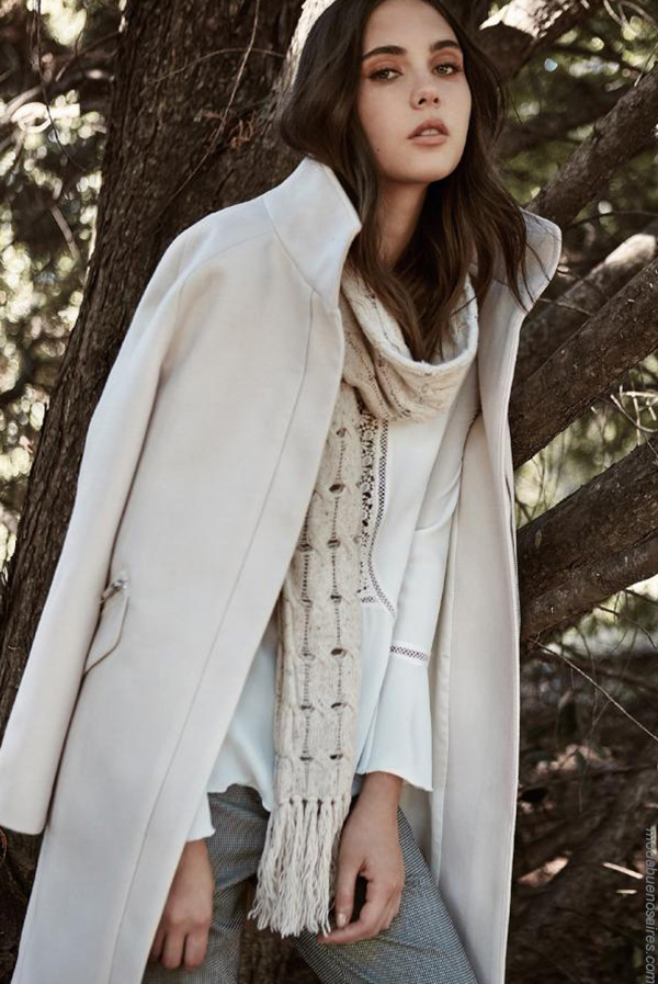 Moda invierno 2017 tapados de paño moda.