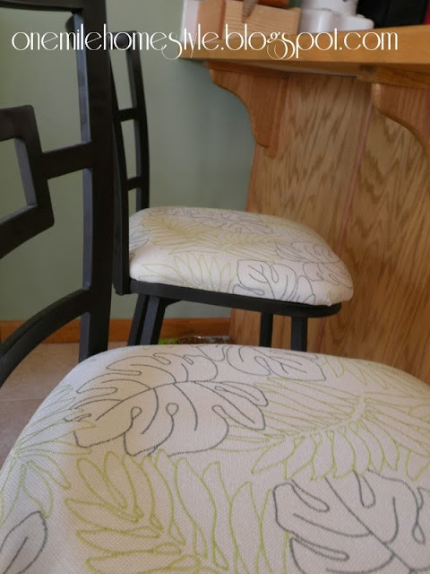 Recovered bar stool seats