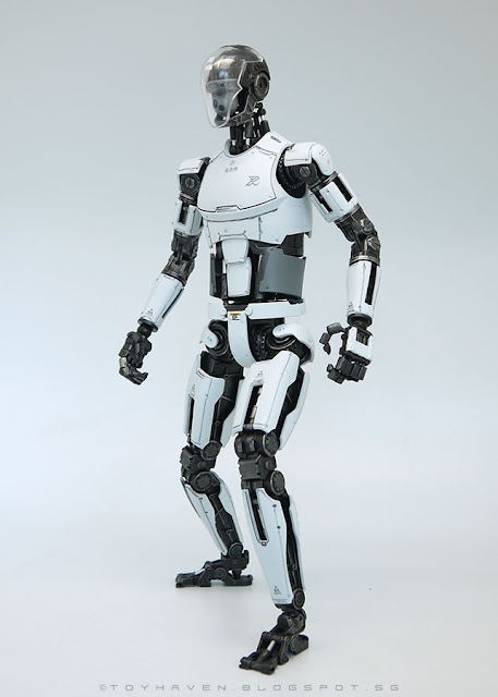 osw.zone Rating 1: Pew Pew Gun 1 / 6th Scale PINYIKE Robotic Nude Body Combat Type (white version)