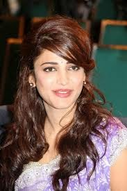 tollywood Movies & TV Shows actress Shruti Haasan salary, Income pay per movie, she is Highest Paid in 2015