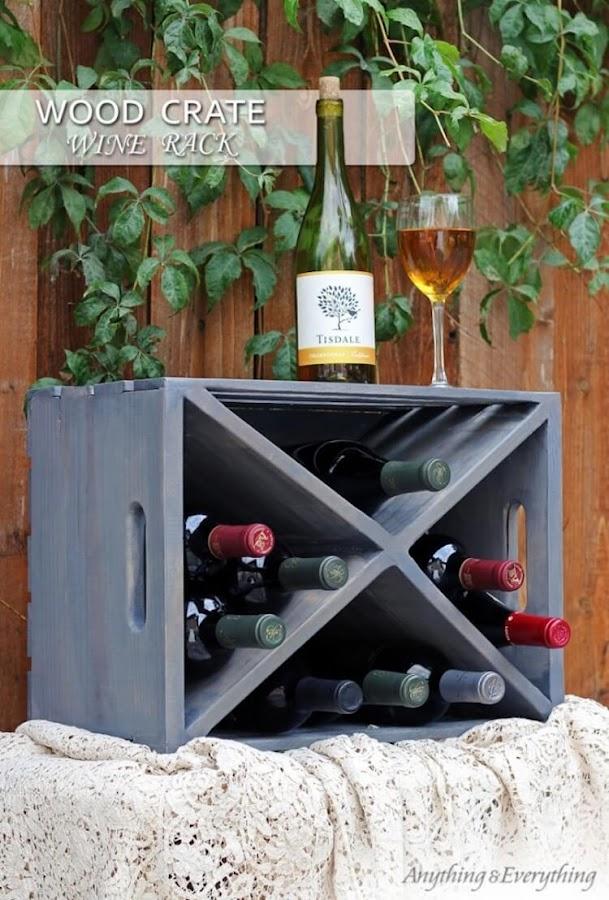 Reciclar cajas de vino y transformarlas en un expositor de vinos