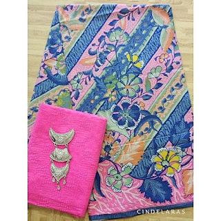 Kain Batik hokokai pink ix embos
