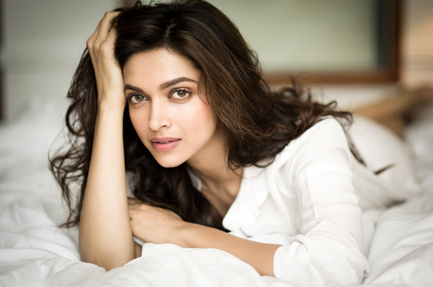 Deepika Padukone Playgirl of Bollywood