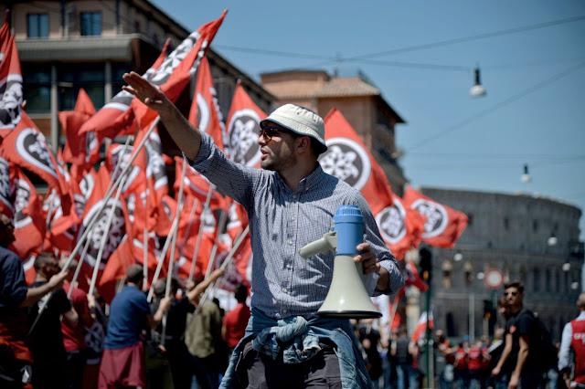 Ιταλία: Τέλος με νόμο ο ναζιστικός χαιρετισμός και η φασιστική προπαγάνδα!