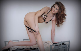 Sexy bitches - Loretta%2BA-S01-030.jpg