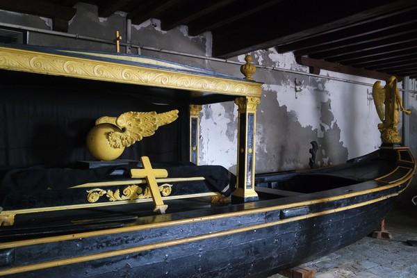 venise castello musée histoire navale pavillon navire gondole mortuaire