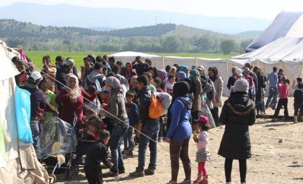 Nα απελαθούν εκατοντάδες χιλιάδες πρόσφυγες ζητά ο ΥΠΟΙΚ της Βαυαρίας