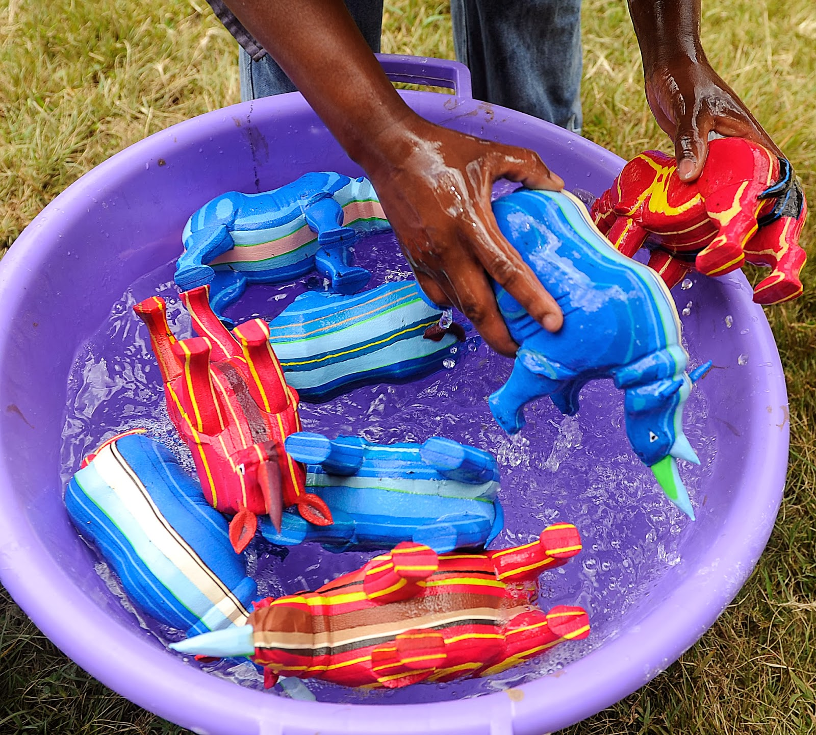 Kenya Toys Made From Recycled Flip-Flops In Nairobi -8420