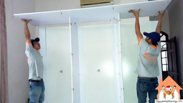 Tháo lắp tủ cho khách hàng