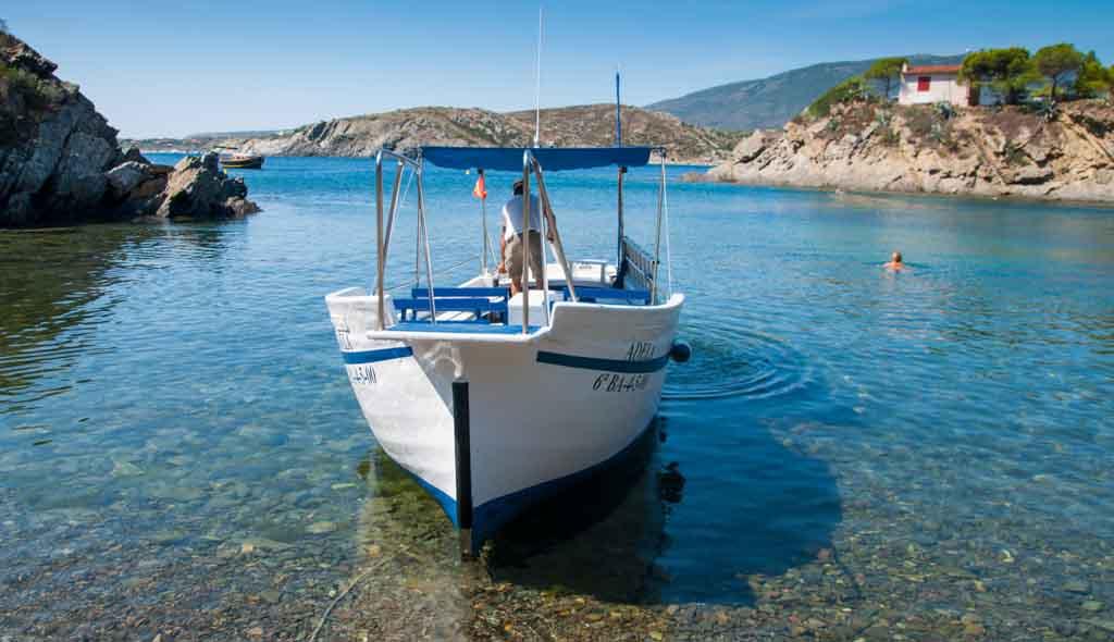 Barca Adela Port Lligat