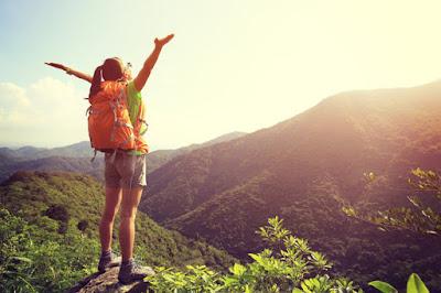 Tips Agar Selalu Tampil Fresh Saat Traveling