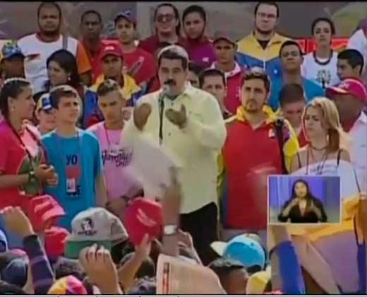 Maduro volvió a regañar a uno de sus partidarios por decirle la verdad