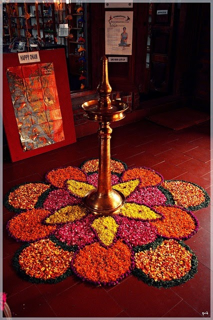 Rangoli Designs and Patterns with Lamps for Diwali 12