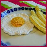 Huevos con patatas amigurumi
