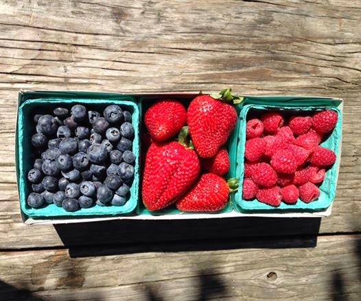 Southern California Farmers Markets Fruit Blueberries Strawberries Raspberries
