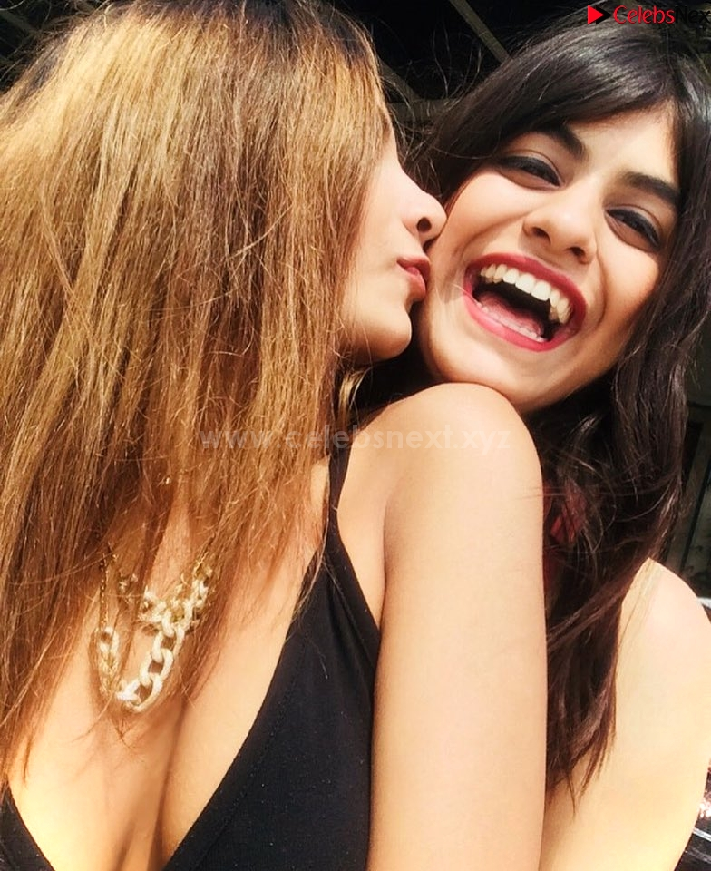 Prerna Kumar spicy Indian real life girl model sizzling Bikini Pics unseen - Celebsnext.xyz Exclusive