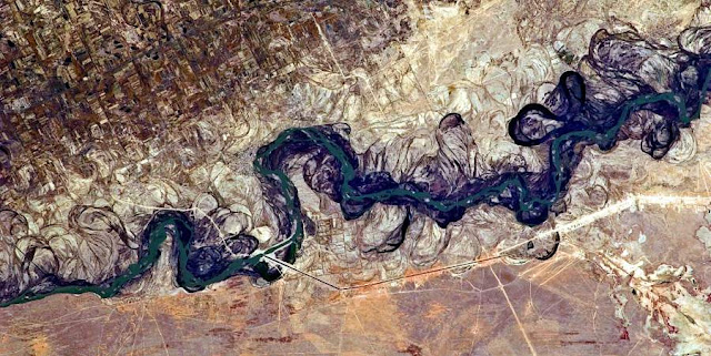 Image Attribute: Syr Darya River Floodplain, Kazakhstan, Central Asia / Source: Wikimedia Commons