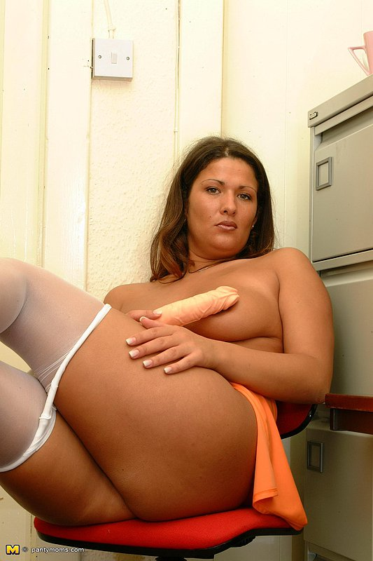 Very hot nude moms matchless