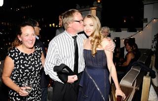Amanda Seyfried profile family, Affairs, Biodata, wiki Age ...