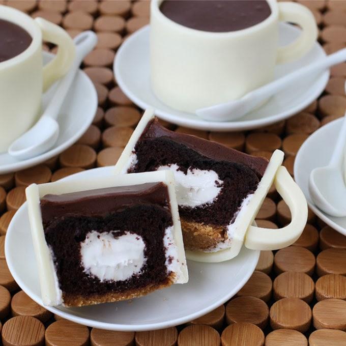 Cream Filled Coffee Cake Cupcake