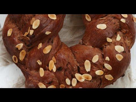 طريقة عمل خبز شم النسيم بالشوكولاتة واللوز