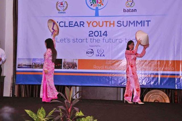 Penampilan dari peserta Vietnam | nys2014