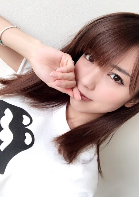 Erina Mano 真野恵里菜 Photos 07