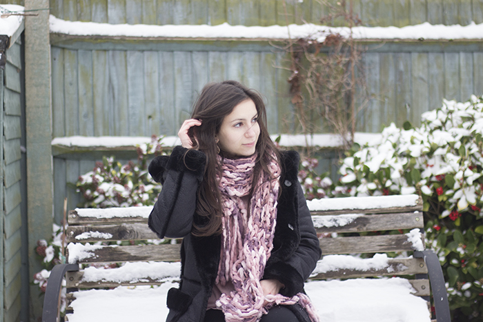 Snow Day England Zara fur coat pink scarf