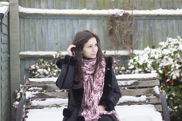 Snow Day England Zara fur coat pink scarf